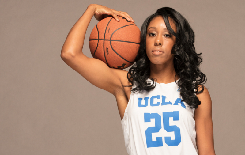 Meet Monique Billing, a 22 year old meditator playing basketball for the USA.
