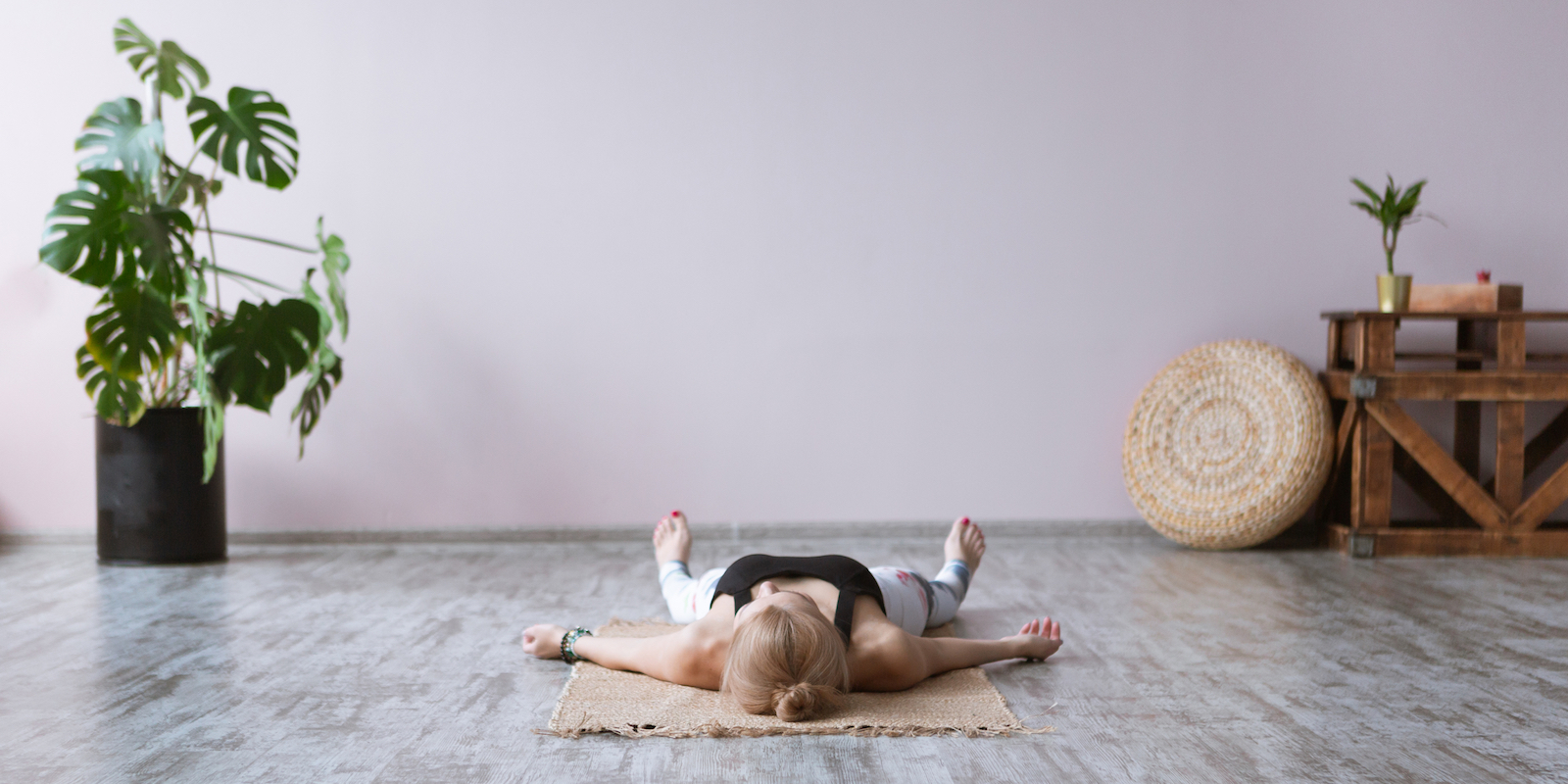 what is the difference between yoga nidra and meditation