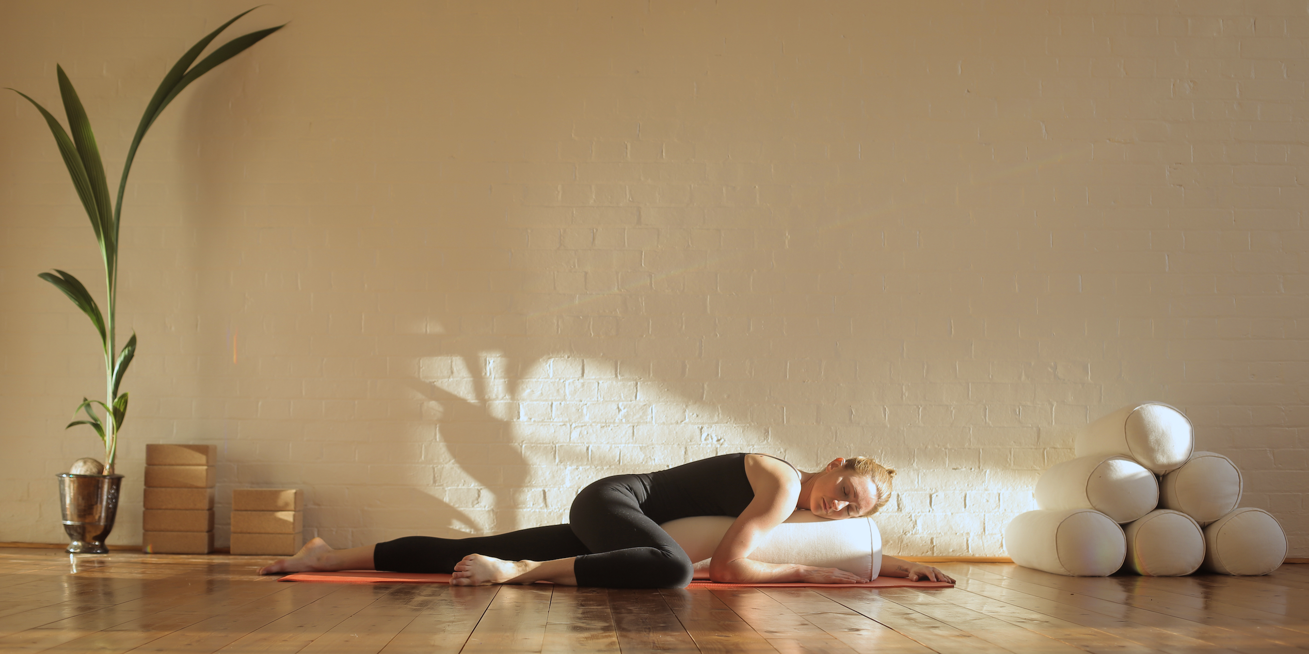 The Benefits Of Yin Yoga For Body, Mind & Soul