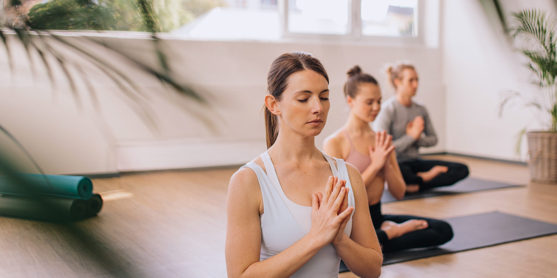 meaning namaste in yoga class